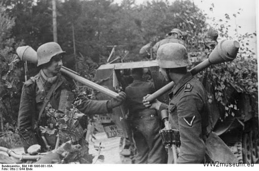 Bundesarchive WW2museum Online German weapons (1)