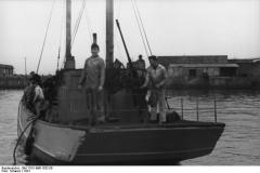 Bild 101II-MW-1832-06