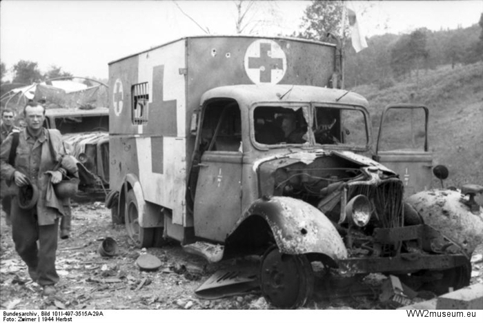 Bundesarchive WW2museum Online Water and land vehicles (2)